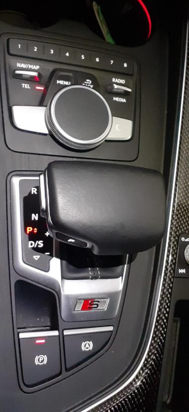 Audi A4 5ª serie S4 3.0 TFSI quattro tiptronic Business det.9