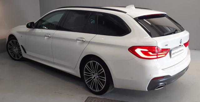 Bmw Serie 5 520d xDrive Touring Msport det.6