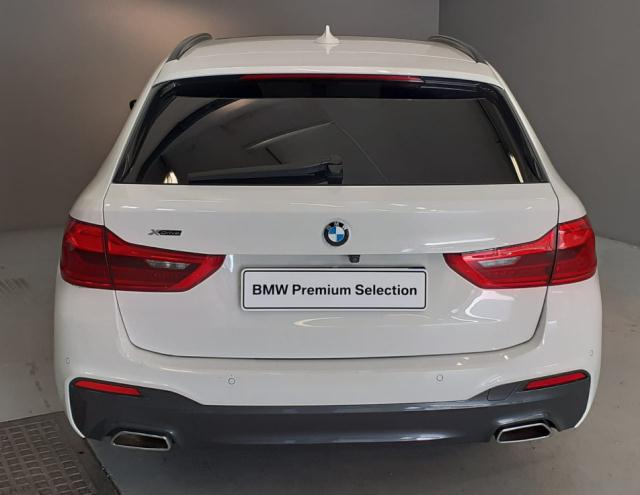 Bmw Serie 5 520d xDrive Touring Msport det.4