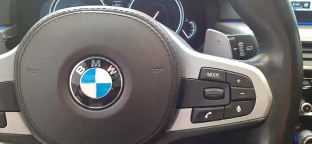 Bmw Serie 5 520d xDrive Touring Msport det.13