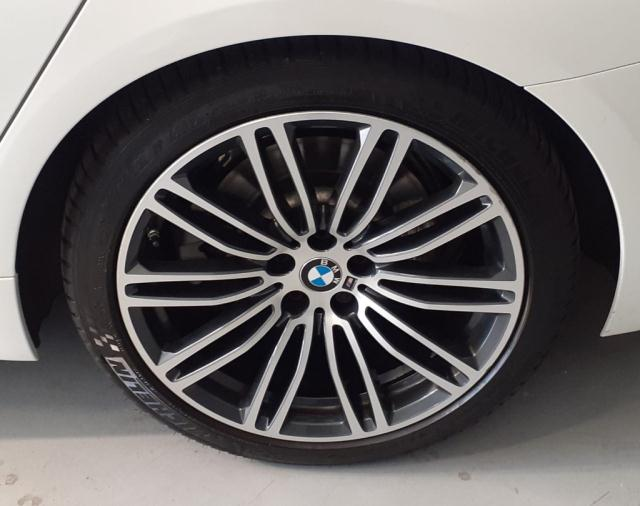 Bmw Serie 5 520d xDrive Touring Msport det.14