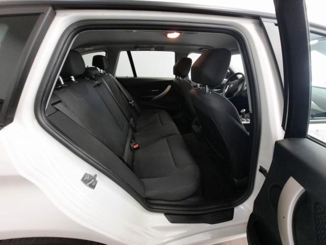 Bmw Serie 3 320d xDrive Touring Modern det.6
