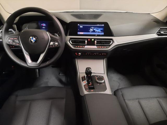 Bmw Serie 3 320d xDrive Touring Business Advantage det.6