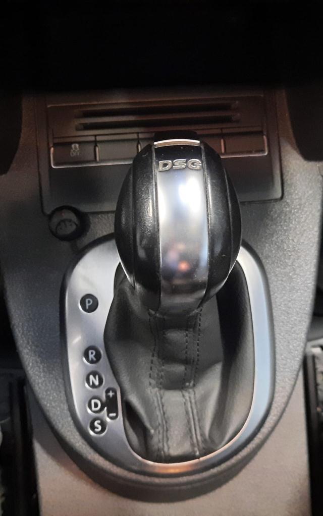 Volkswagen Touran 2ª serie Touran 2.0 TDI 170 CV DSG Highline det.14