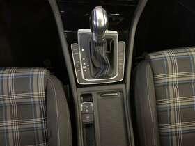 Volkswagen Golf 7ª serie GTE 1.4 TSI DSG 5p. Plug-in Hybrid det.17